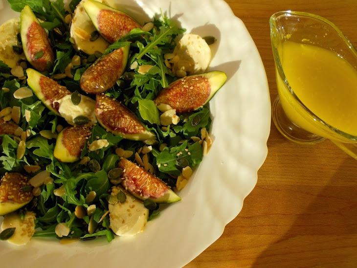 Figs Salad with Arugula and Mozzarella Recipe