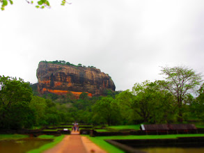 Photo: One big rock! (Sigiriya)
