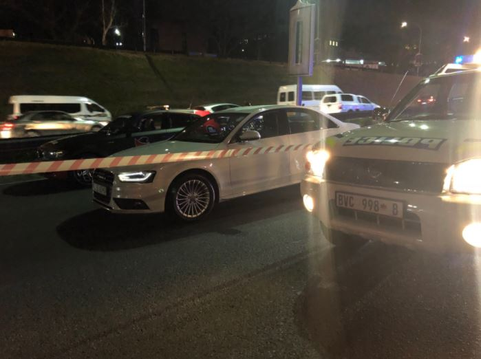 The M1 North in Johannesburg was closed on Wednesday evening following a shooting, which left one man dead.