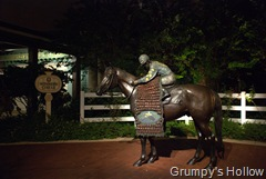 Saratoga Springs Resort Statue