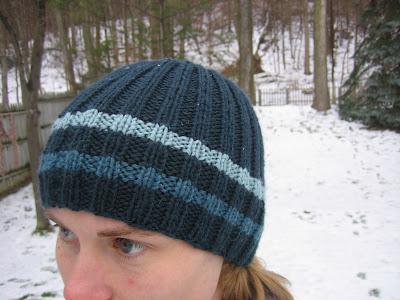 Free Knitting Pattern Reversible Hat : free pattern: reversible ribbed hat stringtheories