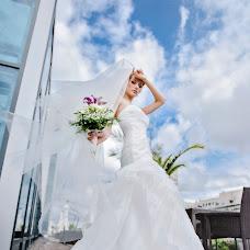 Wedding photographer Sergey Bondarev (mockingbird). Photo of 18.01.2016