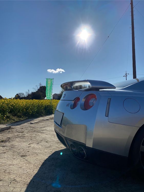 NISSAN GT-R R35の青空整備,DIY,愛車紹介,流行り?,ナイスケツに関するカスタム&メンテナンスの投稿画像2枚目