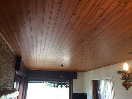Schilderen plafond te Bertem - schilderwerken bertem: houten planchetten wit schilderen