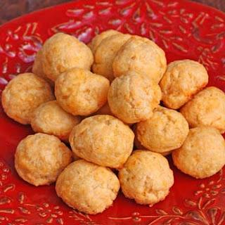 Baked Cheddar Olives