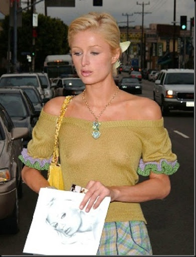 paris_hilton_nips_boobs big