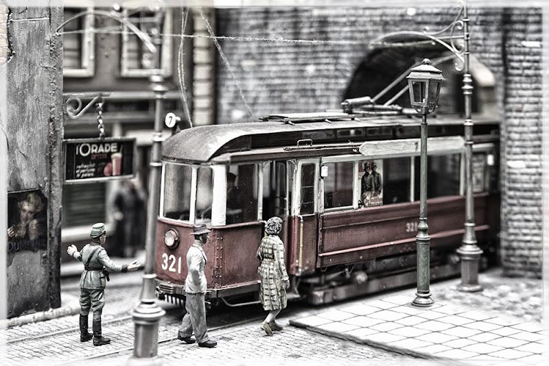 Un viaggio in miniatura  di luly972