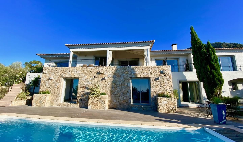 Villa avec piscine et terrasse L'Ile-Rousse