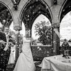 Wedding photographer Manola van Leeuwe (manolavanleeuwe). Photo of 24.07.2017