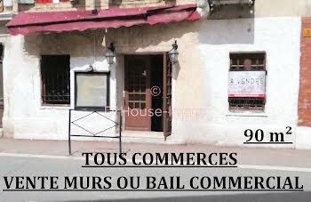locaux professionels à Saint-Vallier-de-Thiey (06)