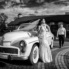 Wedding photographer Aleksandr Kostosyak (saniol). Photo of 25.07.2018