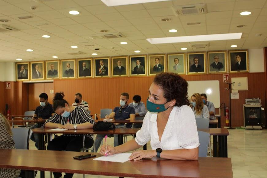 Anabel Veloso en el Taller de Liderazgo para el siglo XXI de la Faeem. Foto JAB