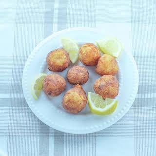 Fried Cheese Balls Recipe (Tirokroketes).