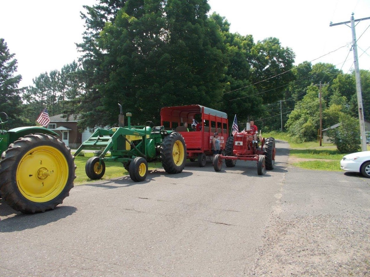 Mellen 4th of July Parade July 4, 2015