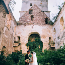 Wedding photographer Dmitro Sheremeta (Sheremeta). Photo of 11.08.2017