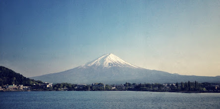 Photo: An iPhone shot of Mt Fuji this afternoon. Great weather today!
