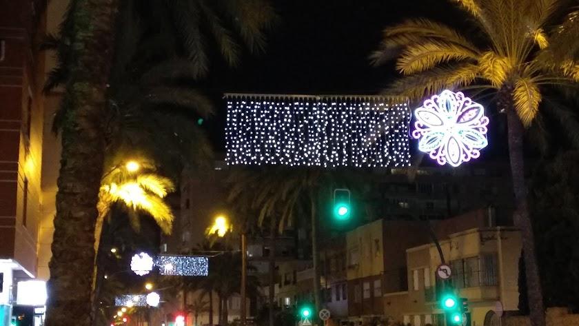 Iluminación de la Avenida Cabo de Gata.