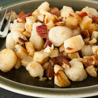 Scallops with Celery Root and Bacon Hash