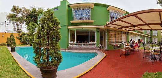 Basadre Suites Boutique Hotel