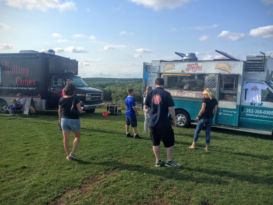 On wed, the 24th, we found a weekly food truck and music event that we hadn't know about. It was only about 20 minutes from the park. Great food and a great time.