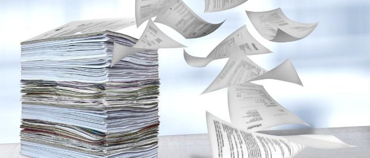 政策金融公庫融資書類の山