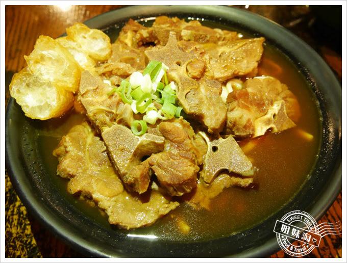 黑狗食堂-肉骨茶麵