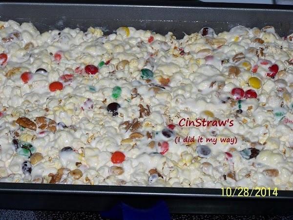 Freddie's Popcorn Cake...by Cinstraw Recipe