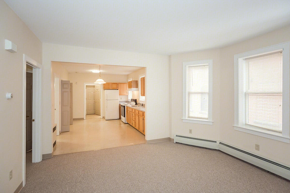 Three bedroom flat floorplan 3 bed 1 5 bath park - 1 bedroom apartments in hartford ct ...