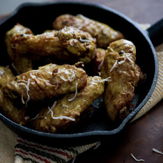 Crispy Curry-Spiced Chicken Wings