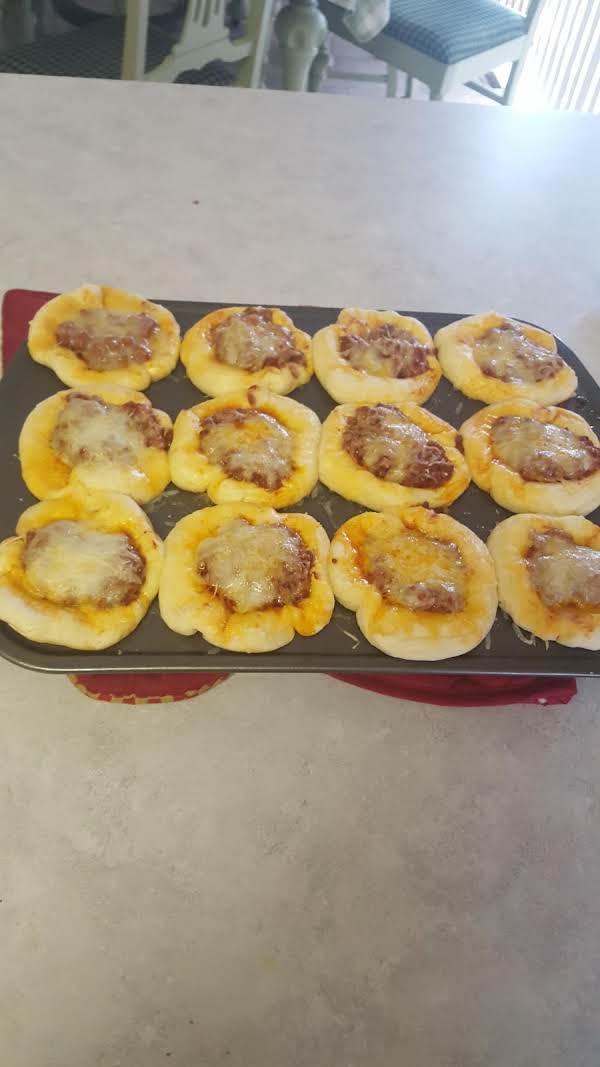 Meaty, Cheesy Sloppy Joe Muffins