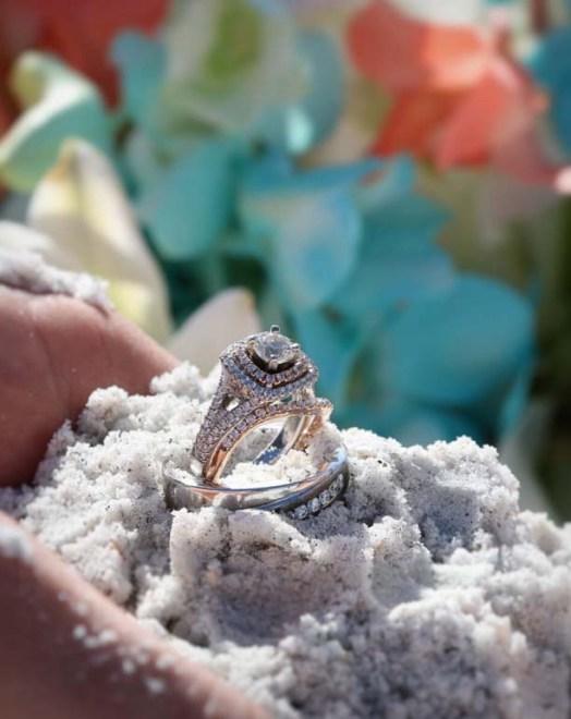 rings sand1