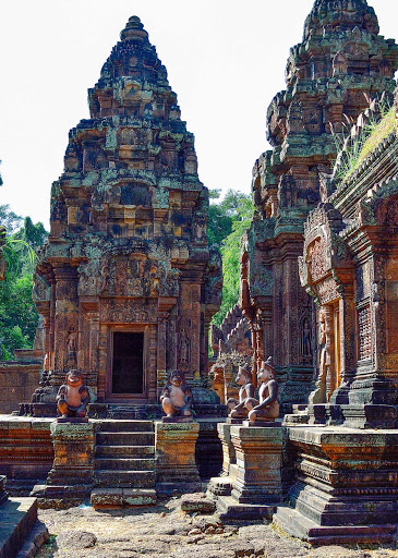 cambodia-angkor-ruins2.jpg - Preaj Ko Temple is one of the oldest temples and it's located about 15K south of the major grouping of temples at Angkor.