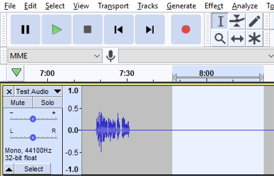 Audio file displayed in Audacity with a straight line highlighted