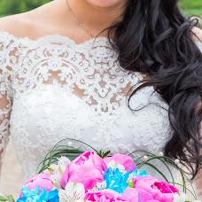 Wedding photographer Alena Kalashnikova (Petisha). Photo of 06.09.2017