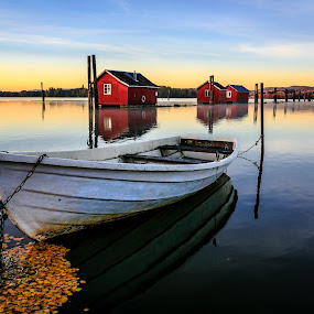 Just waiting by Bjørn Kristiansen - Transportation Boats ( fetsund lenser, norge, fetsund, norway )