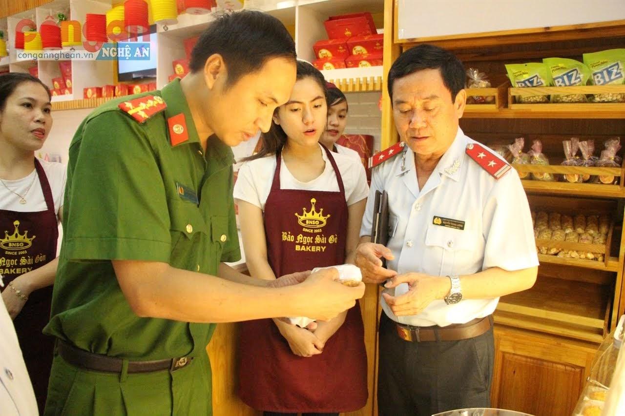 Đoàn thanh tra liên ngành thanh tra, kiểm tra vệ sinh ATTP tại các cơ sở kinh doanh, dịch vụ ăn uống
