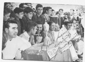 """Photo: 24-6-1964. Durante el partido final del """"Torneo Mondeño"""