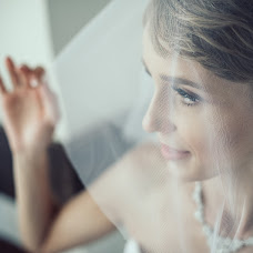 Wedding photographer Alena Kovaleva (AlenaKovaleva). Photo of 10.03.2017