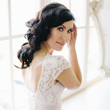 Wedding photographer Alena Zavodchikova (AlenaZavod). Photo of 20.03.2017