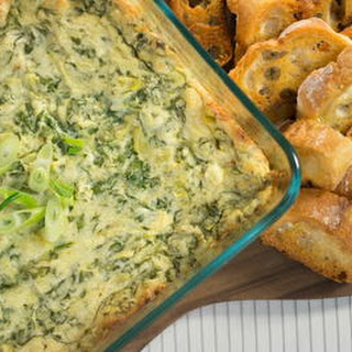 Homemade Olive Garden Spinach and Artichoke Dip.