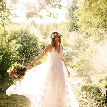 Wedding photographer Joanna Olejnik (whitedreamstudio). Photo of 18.12.2017