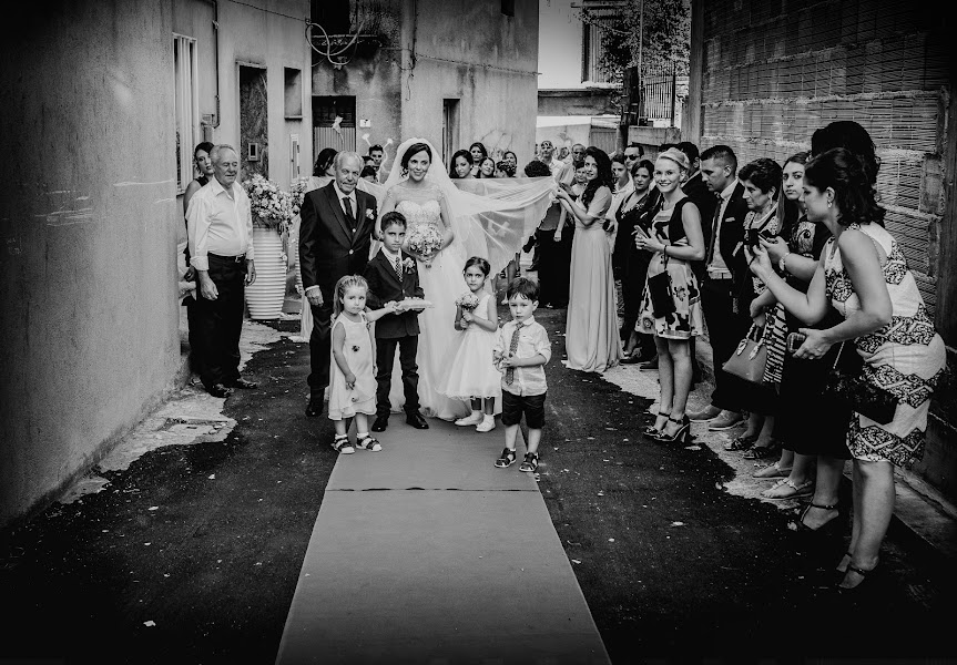 Wedding photographer Antonio Gargano (AntonioGargano). Photo of 08.04.2017