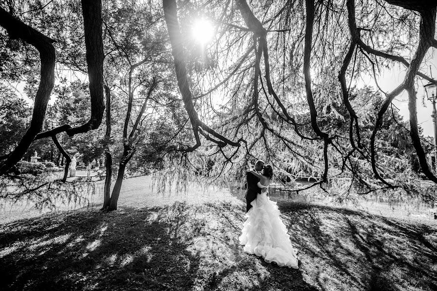 Wedding photographer Luigi Rota (rota). Photo of 19.03.2016