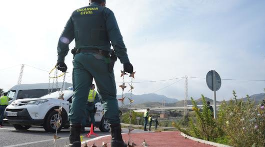 La Guardia Civil cierra la provincia en el puente con 20 puntos de control