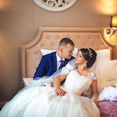 Wedding photographer Roman Zhdanov (RomanZhdanoff). Photo of 01.10.2017