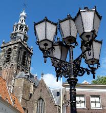 """Photo: Sint Janskerk in Gouda (13. bis 16. Jh.) Diese Johannes dem Täufer gewidmete Kirche ist mit 123 m die längste der Niederlande. Berühmt ist sie jedoch für ihre einzigartigen """"Goudaer Glasfenster"""", die noch aus katholischer Zeit im 16. Jh. stammen."""