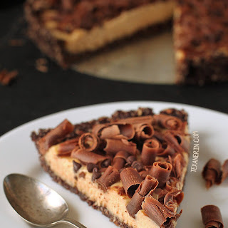 Grain-free and Raw Healthier Peanut Butter Pie
