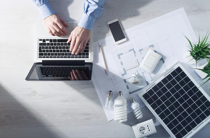 Planowanie inwestycji w panele fotowoltaiczne
