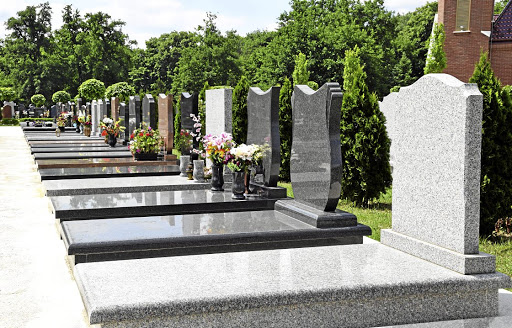 KZN thieves desecrate graves for granite stones. /123RF