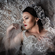 Wedding photographer Linda Vos (lindavos). Photo of 24.07.2019